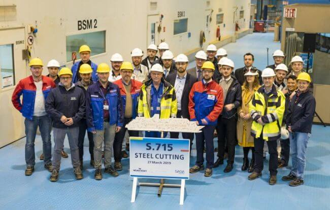Spirit_of_Adventure_steel cutting