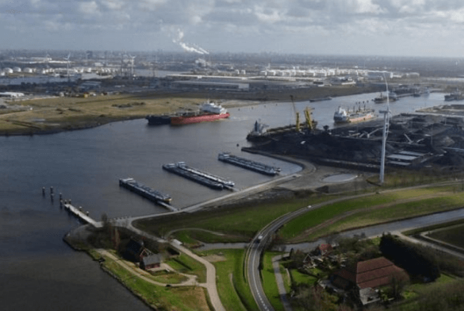 Berths for inland shipping in Afrikahaven now operational