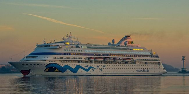 CRUISE SEASON KICK-OFF IN THE PORT OF KIEL