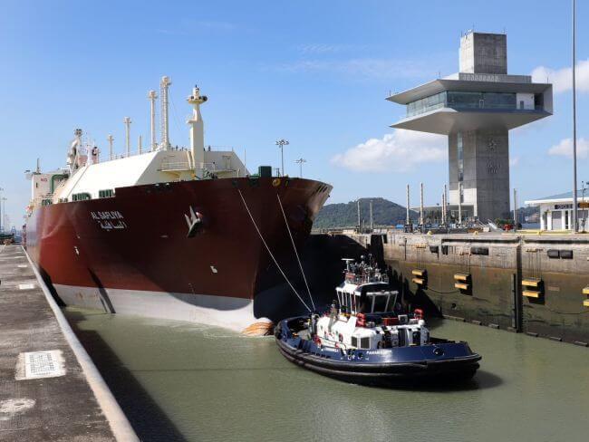 Panama Canal Largest LNG Tanker-Transit_