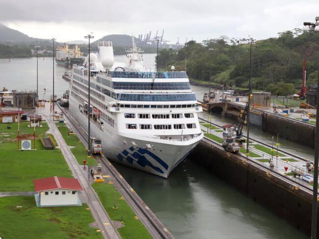 transit of the Panamax cruise ship Pacific Princess,