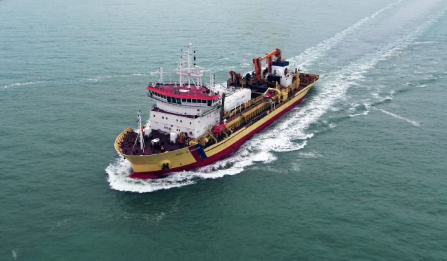 First European conversion of a dredger to dual-fuel LNG / MGO departs Damen Shiprepair Dunkerque