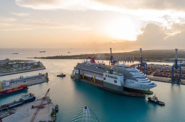 BOKA_Vanguard_loaded_with_cruise_ship_Carnival_Vista_arrives_in_Freeport