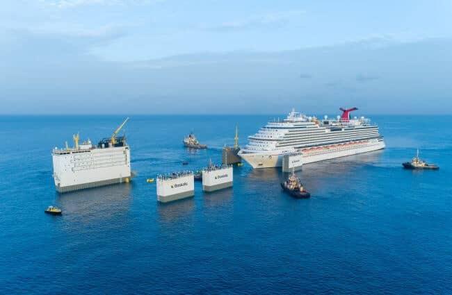 Positioning_of_Carnival_Vista_above_deck_of_BOKA_Vanguard