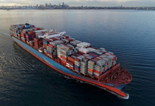 Fremantle Port welcomes first of two giant container ships