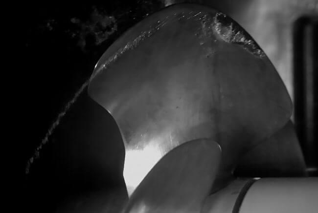 propeller-blade-air-emissions-