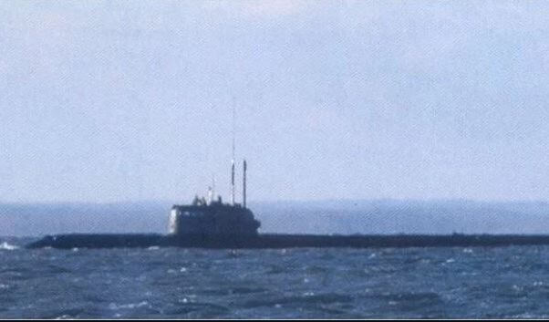 russia submarine fire 14 dead_