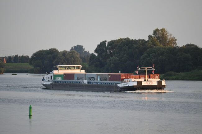 Double-digit growth for container and bulk cargo transport on inland waterways