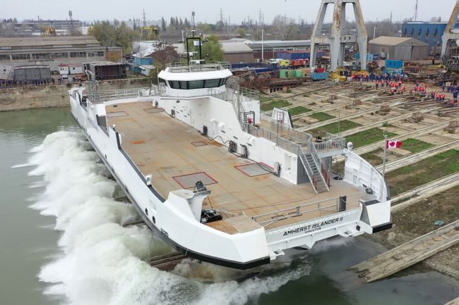 Damen Road Ferry 6819 E3 launched at DSGa