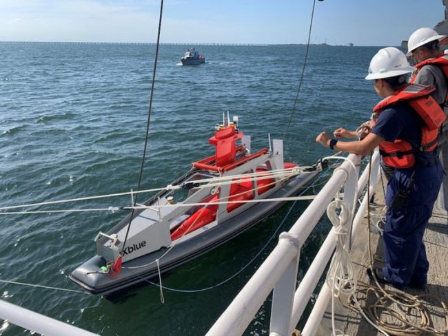 NOAA Ship Thomas Jefferson tests innovative DriX unmanned surface vehicle_xblue