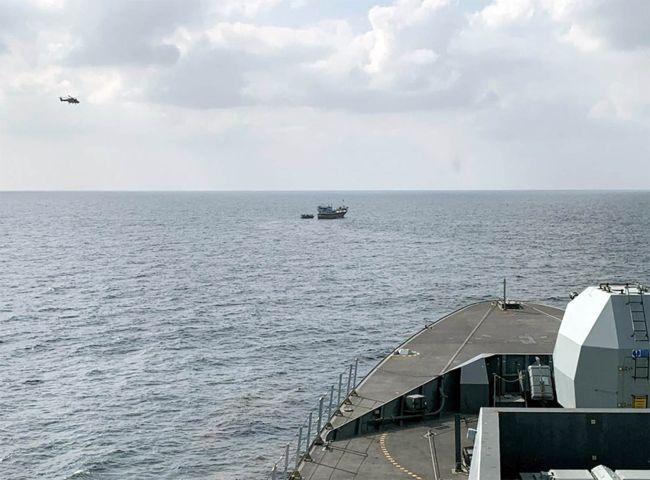 HMS DEFENDER LANDS £3.3M HAUL IN MIDDLE EAST DRUGS BUST_2