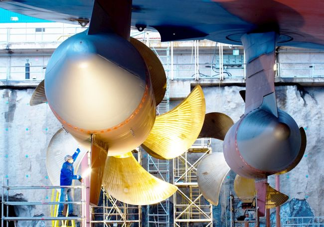 Large-Azipod_Propulsion_System__ABB Wins Contract To Power Gentings Next-Generation Cruise Vessels