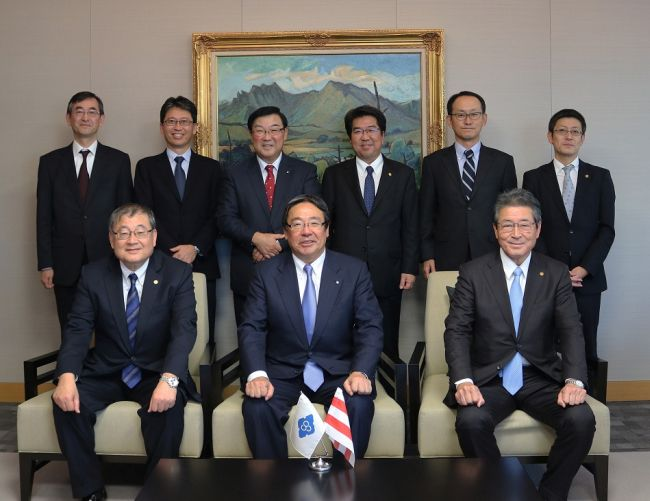 NYK to Build Second LNG-fueled PCTC_signing ceremony