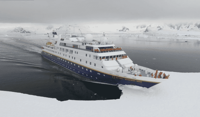 Premium Purity Lindblad Expeditions_