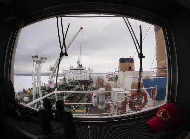 US' Only Heavy Icebreaker Completes Antarctic Treaty Inspections_Senior Chief Petty Officer NyxoLyno Cangemi_2