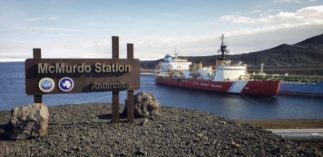 US' Only Heavy Icebreaker Completes Antarctic Treaty Inspections_Senior Chief Petty Officer NyxoLyno Cangemi_3