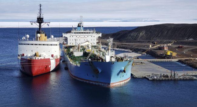 US' Only Heavy Icebreaker Completes Antarctic Treaty Inspections_Senior Chief Petty Officer NyxoLyno Cangemi_4