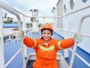 woman-seafarer