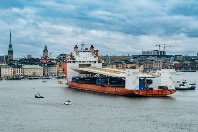 GAC Sweden Oversees Safe Arrival Of Stockholm's Golden Bridge