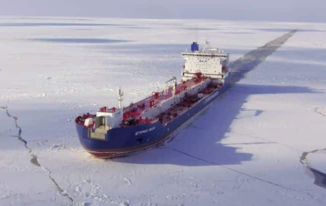 Ships in the (Polar) night – sustainable Arctic shipping