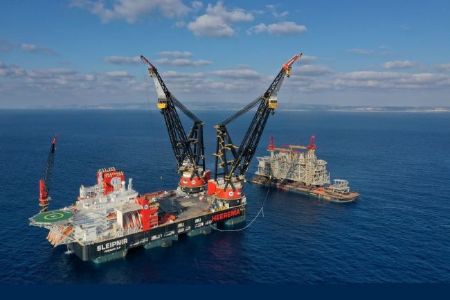 World's Largest Semi-Submersible Crane Vessel 'Sleipnir' To Arrive In Rotterdam