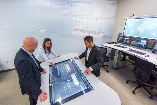 ABB experts offer maintenance services 24-7 from eight ABB Ability™ Collaborative Operations Centers