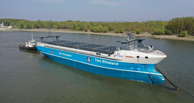 navigation systems and undergo testing before delivery to Yara Birkeland
