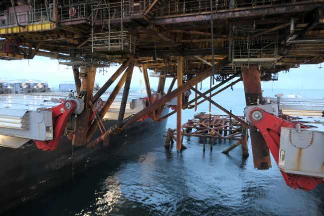Pioneering Spirit Moving away from the jacket