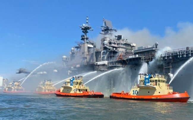 Explosion Triggered Aboard Assault Ship USS Bonhomme Richard, 21 Injured