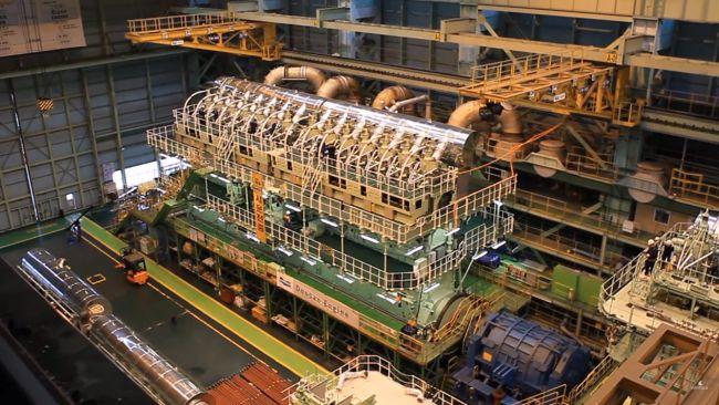 World's Largest Diesel Engine - Wärtsilä RT-flex96C
