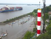 New Leading Light Line On The Elbe_4