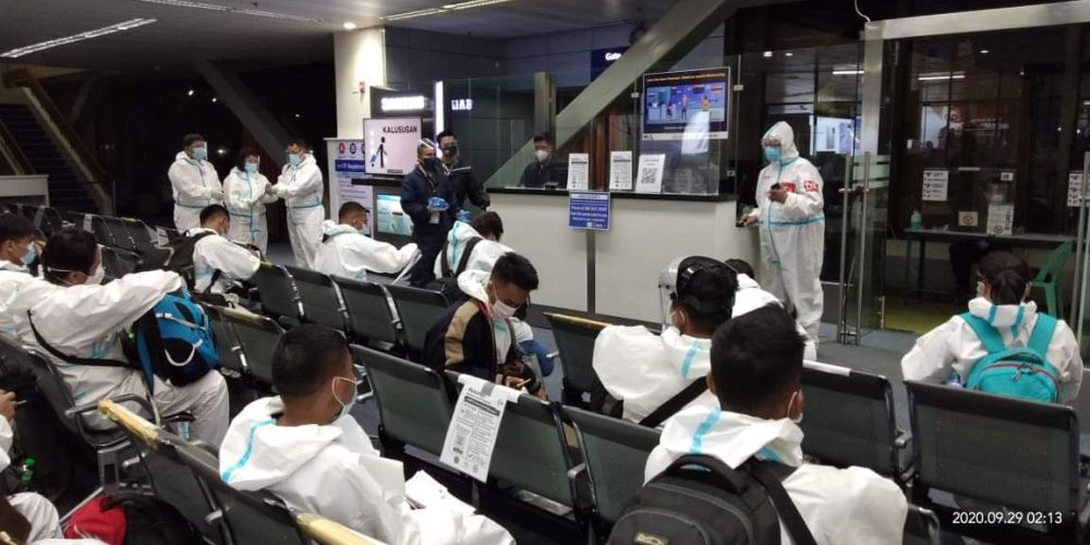 19 Filipino Seafarers And Workers Finally Return Home From China