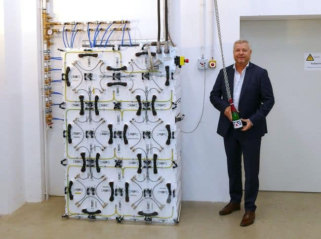 EASy Marine Michael Deutmeyer Germany Allows Hybrid Propulsion At The Highest Safety Level Self-Supporting LFP Battery System