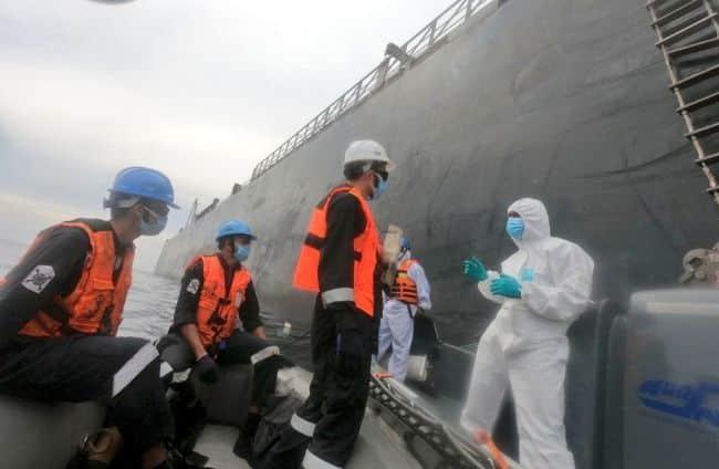 MT New Diamond's condition, discuss ways to expedite cargo crude discharge