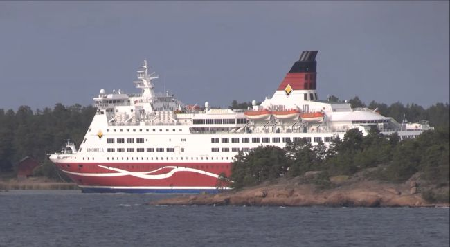 Viking Line Amorella Aground _