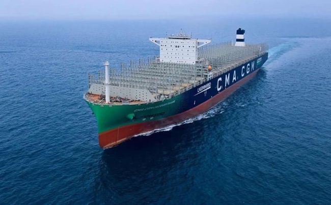 CMA CGM JACQUES SAADE, the largest LNG-powered container ship ever built features Wärtsilä solutions