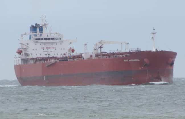Oil Tanker - Isle Of Wight