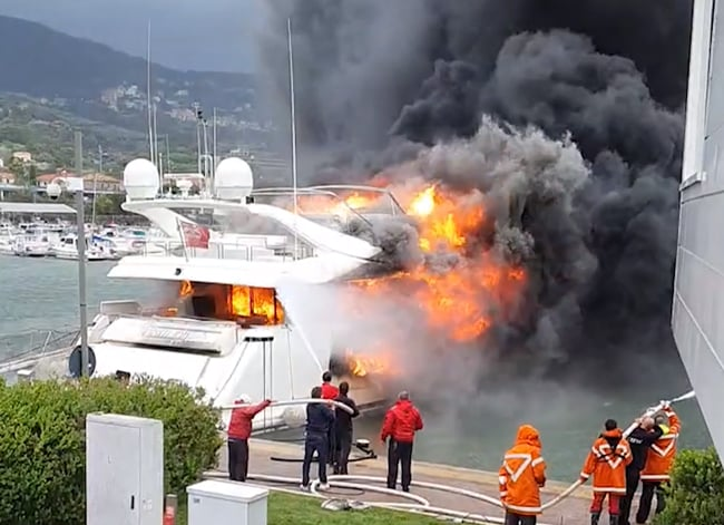 Yacht-on-Fire