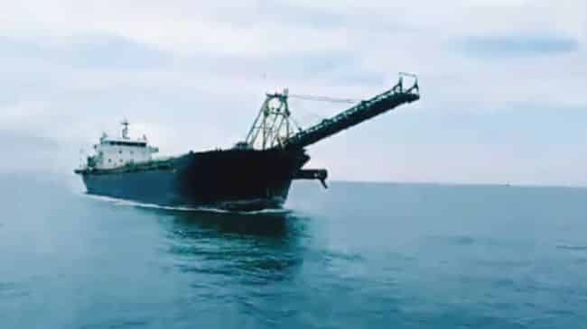 ship-collision dredger with tanker at malacca strait