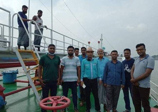 Bangladeshi maritime workers on a strike Bangladesh Noujan Shramik Federation