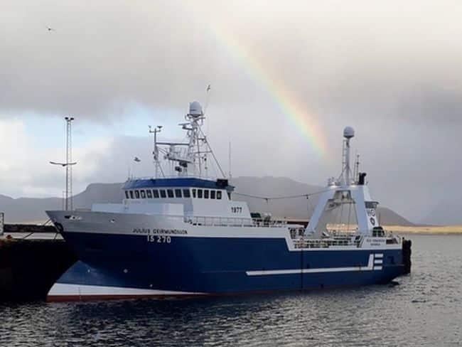 COVID-Infected crew of the ship Júlíus Geirmundsson