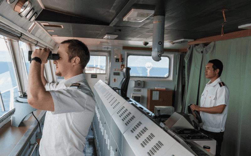 bridge navigation officer