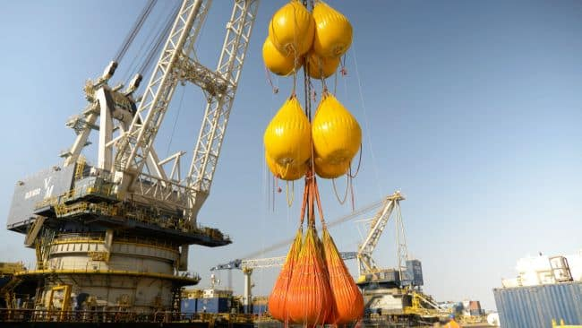Proof load testing in progress - Unique Group Completes World's Largest Water Bag Load Test Without Spreader Beams