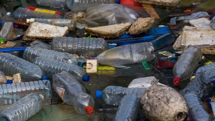 Floatsam Plastic