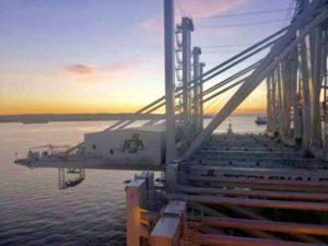 New-cranes-2020-aboard-ship - port of oakland