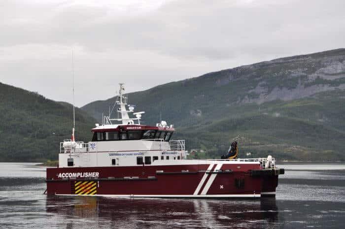 hybrid crew transfer vessel