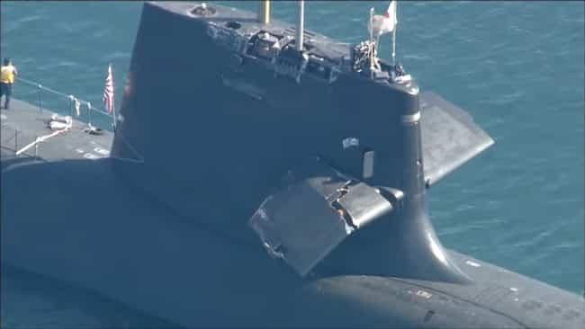 Japanese-Submarine-Collides-while-floating-up
