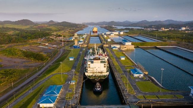 Panama Canal Sets LNG Transit and Tonnage Record