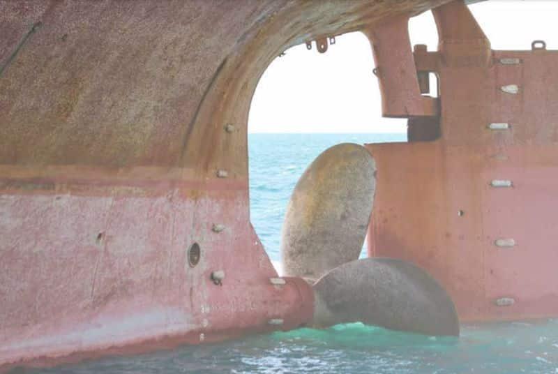 Hull Barnacle Fouling