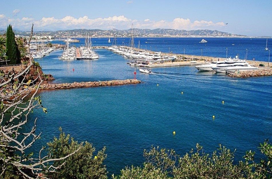 Trouveille-Sur-Mer Port